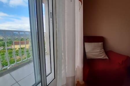 Amplia vivienda en Mondariz, próximo a Vigo