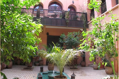 Riad Marrakech / Suite Ambre - House