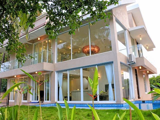 Seahorse - Baga Beach - 4 Bed Private Pool Villa - Baga - Villa