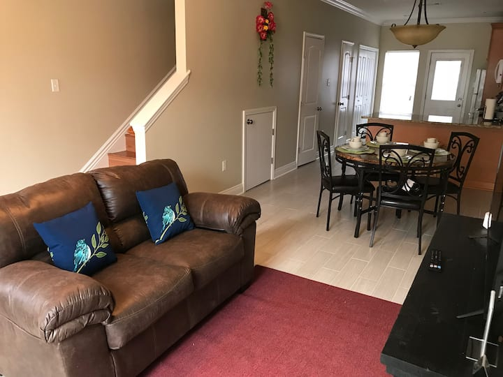 2 Bedroom/ 1.5 Bath Duplex - C