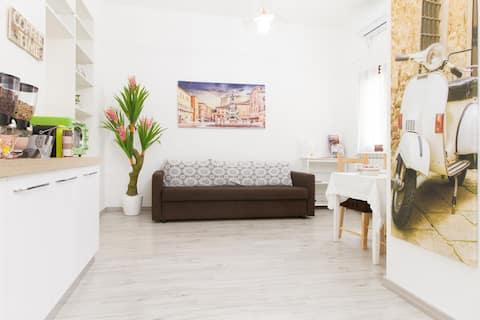 """Saldūs Italijos namai """"La Casetta""""  privati automobilių stovėjimo aikštelė"""