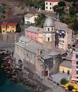 VERNAZZA camere due passi dal mare - Vernazza