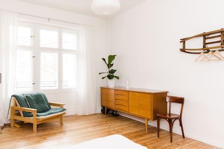Beautiful home in Kreuzkölln - Berlijn