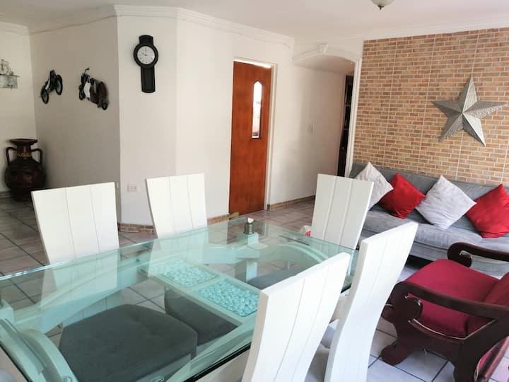 Habitación en Caobos, cerca al VENTURA en Z. Rosa