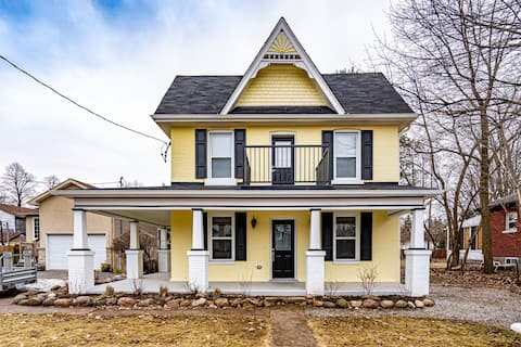 ✔RVH✔Barrie Getaway✔Entire House✔Family Friendly