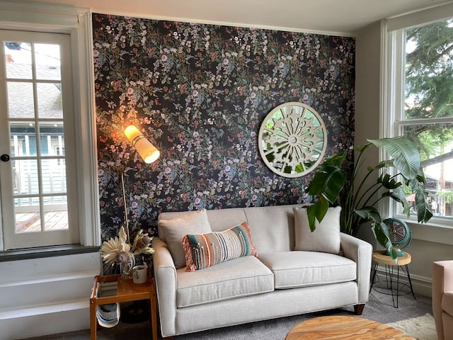 Charming & Bright Nest in the Heart of Nob Hill