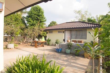 Noinhae house 5 - Tambon San Kamphaeng - Bed & Breakfast