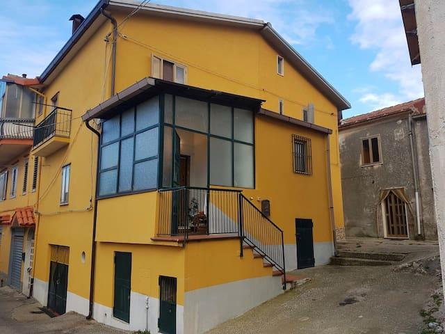 Affascinante e accogliente casa - Postiglione - Huis