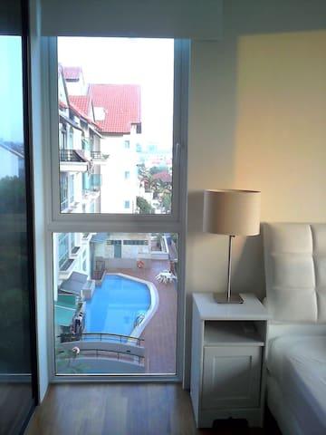 One bedroom apartment near Kovan Mrt Station