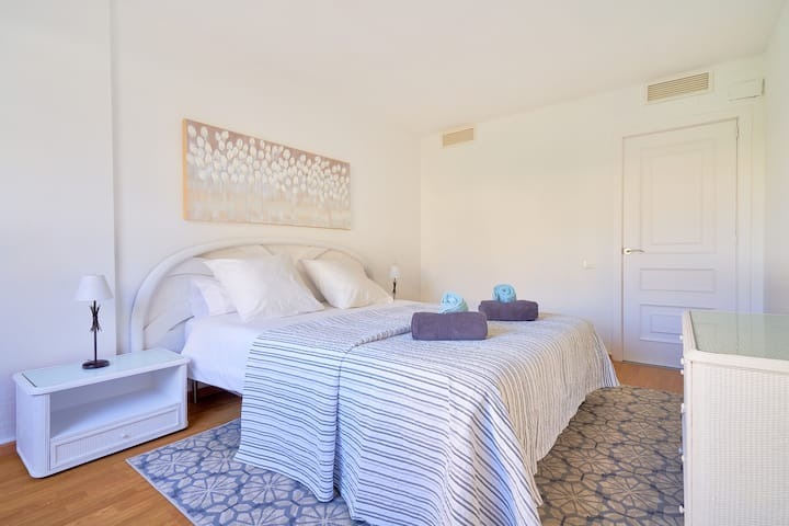Flora, the best place in Marbella fully renovated