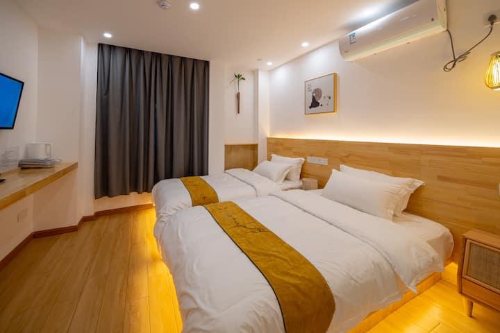 瘦西湖·六间堂,小满 双人间,两床&可拼成大床,近瘦西湖/东关街/个园