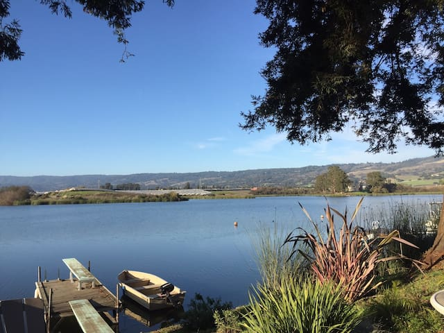 Kelly Lake Cottage - Watsonville - Guesthouse