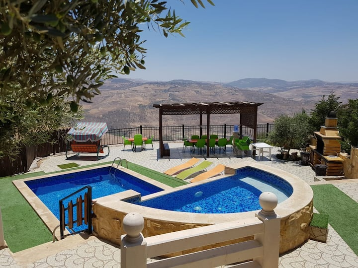 Holiday House in Jarash with Amazing View