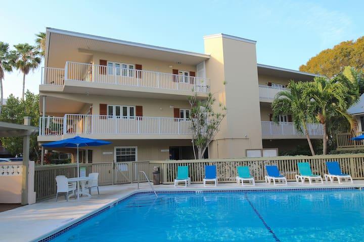 Coconut Mallory Luxury Condo w/ Private Balcony, & Two Pools!