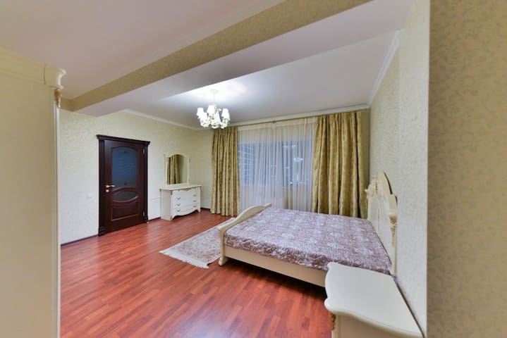 Apartment on Dostyk with 1 bedroom