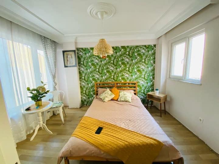 Kadıköy Palm Room