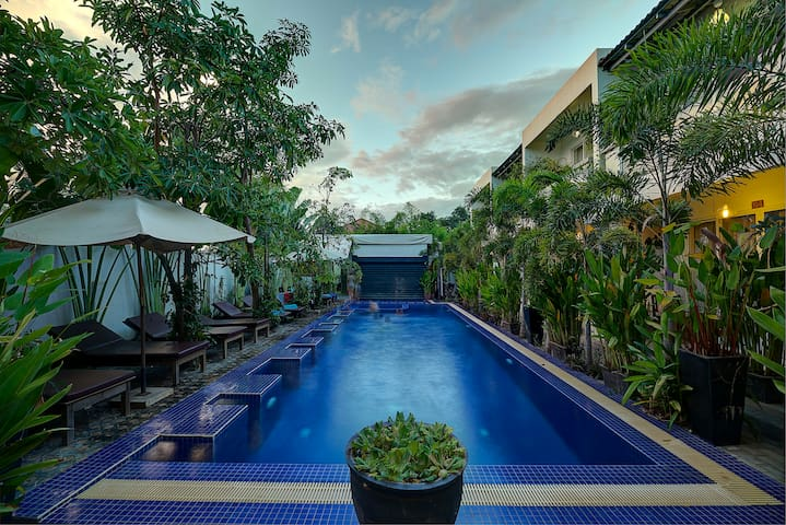 Deluxe Double Pool View-Free round trip pick up - Krong Siem Reap - Гестхаус