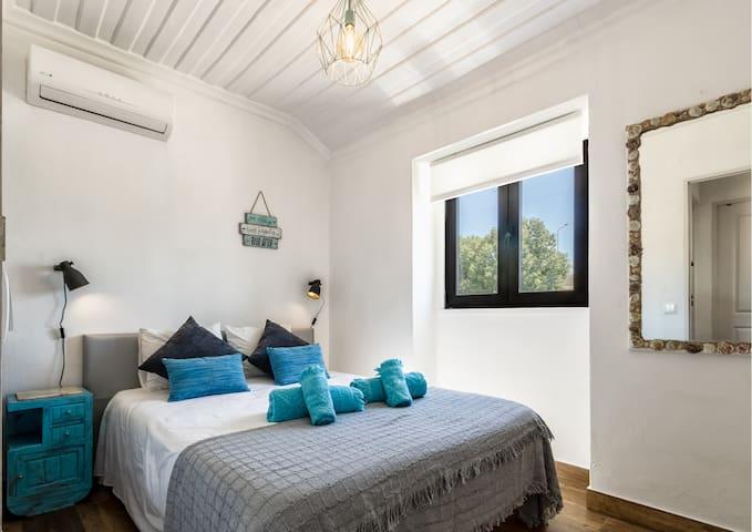 ★ Fisherman Beach House in Albufeira, Algarve ★