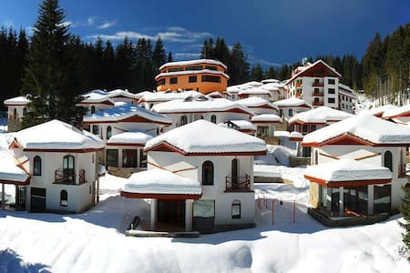 Super Villas, Spa, Gym and Outdoor Pool area - Pamporovo - 独立屋