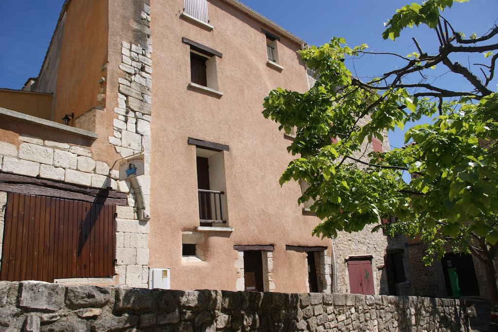 Maison vue  Rue du Barda