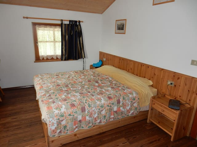 Apartment country style for 4people - Brez - Bed & Breakfast