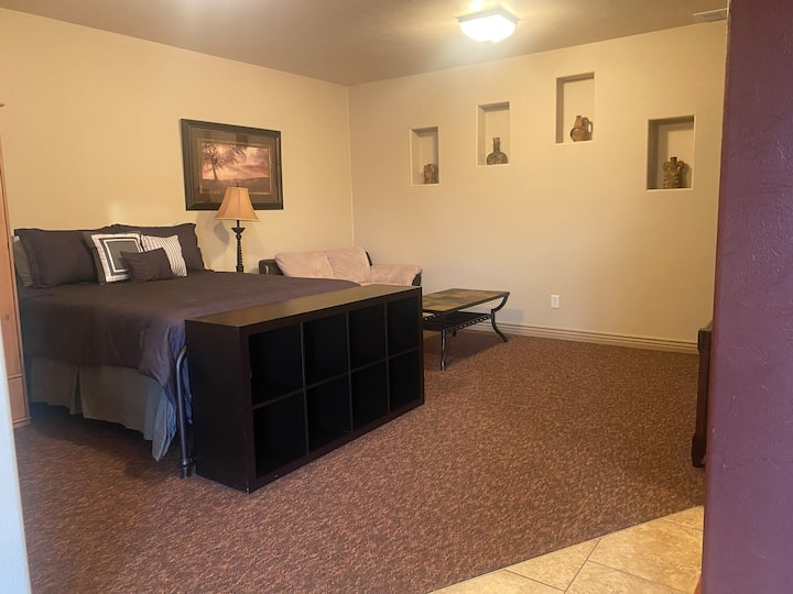 Woodhill Way Studio Apt. - Portneuf Hospital Area