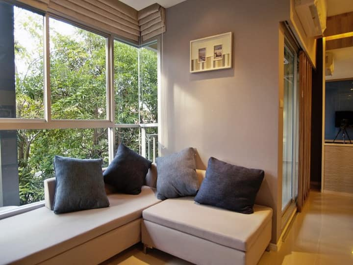 Two bedroom apartment Pattaya Jomtien by the beach