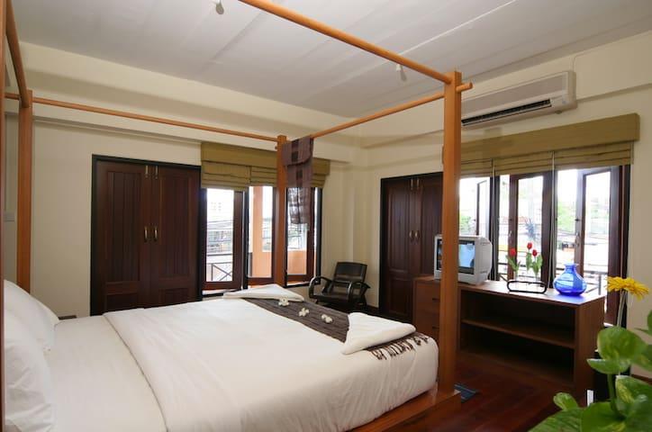 Medium Room No.1- Keerati Homestay - Bang Lamung - Byt