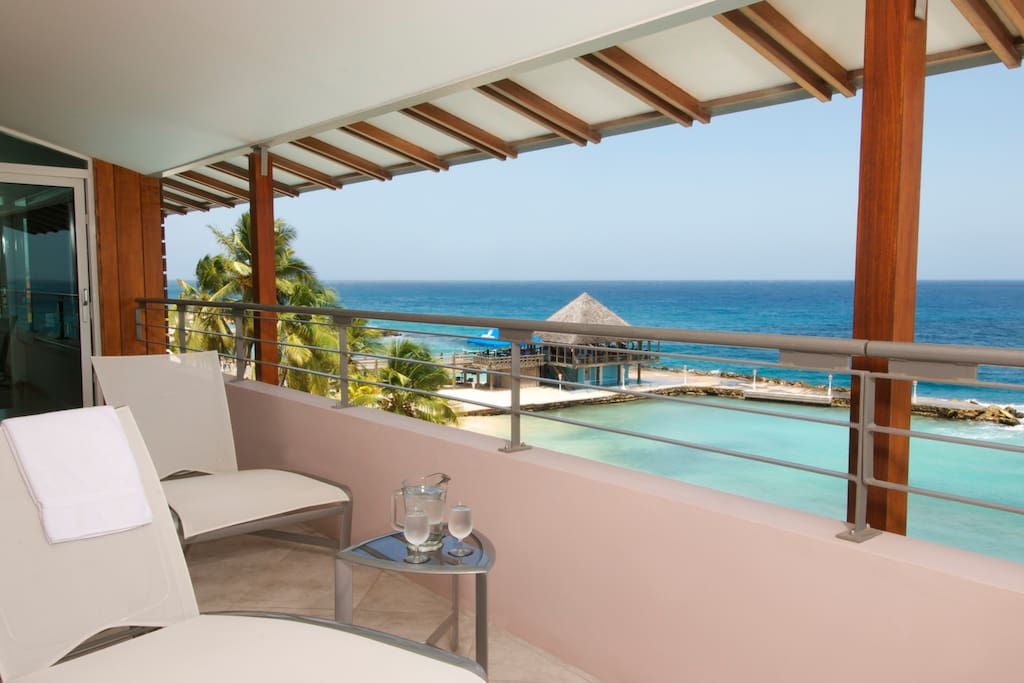 Bolivar suite balcony with ocean view