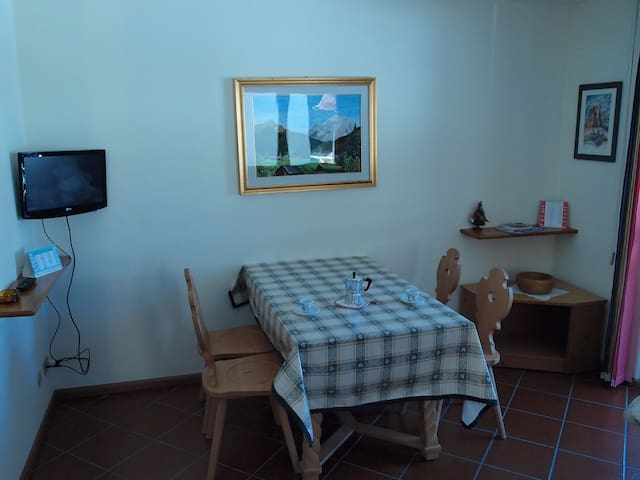 Soggiorno TV/Sat Wifi free - Living Room TV/Sat Wifi free