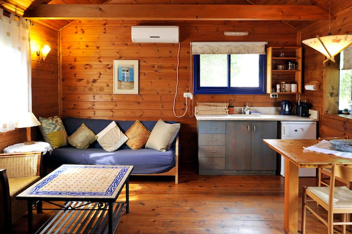 The Log Cabin - Numa Emek BNB - Yokneam - Cabana
