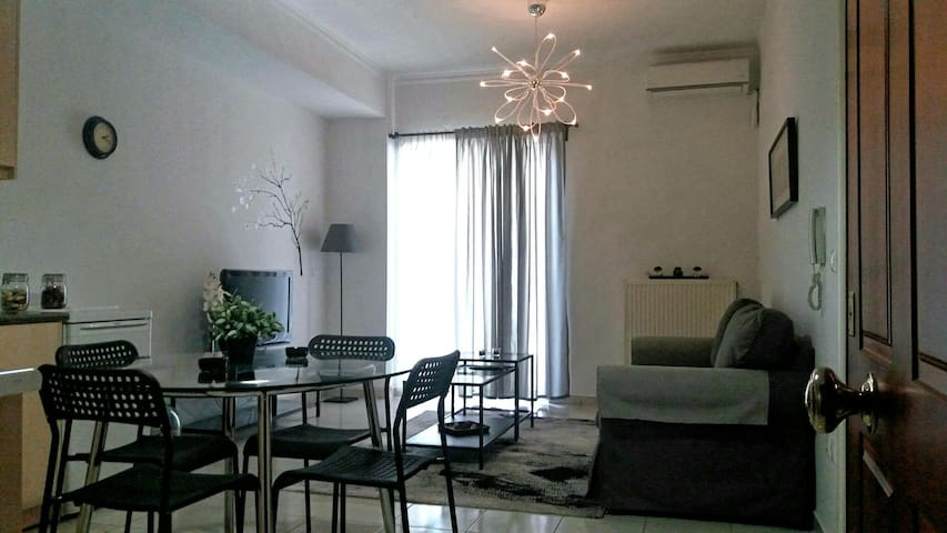 Apartment in new town - Nafplio - Leilighet