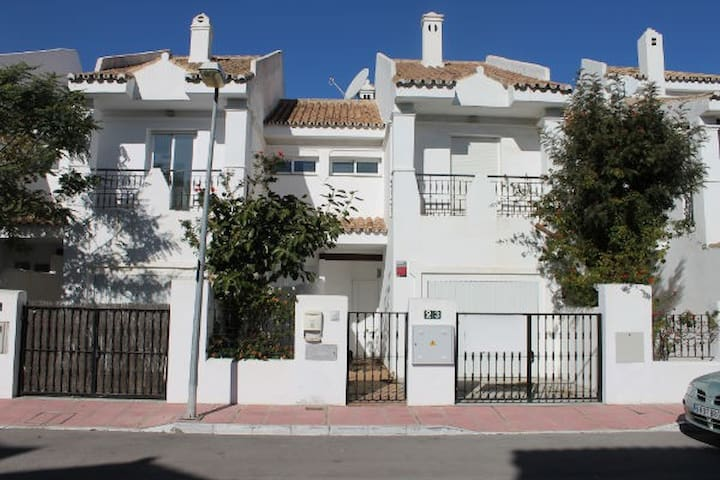 nice house 2mn to puerto banus