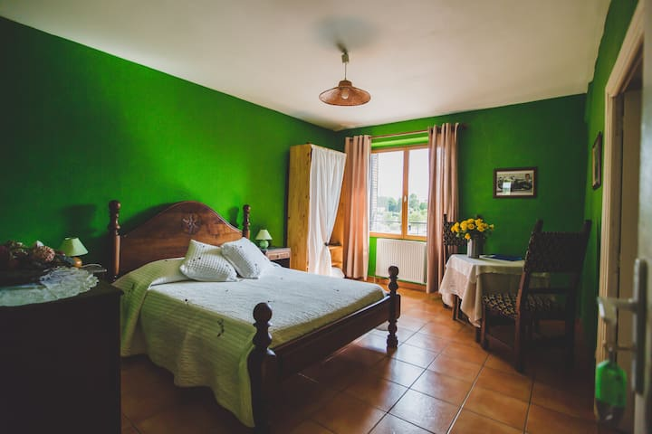 Chambre Double - Grospierres - Daire