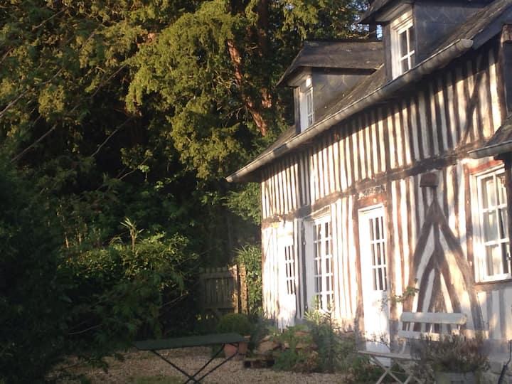 Gîte de charme Honfleur/Deauville   'GrisPomme'