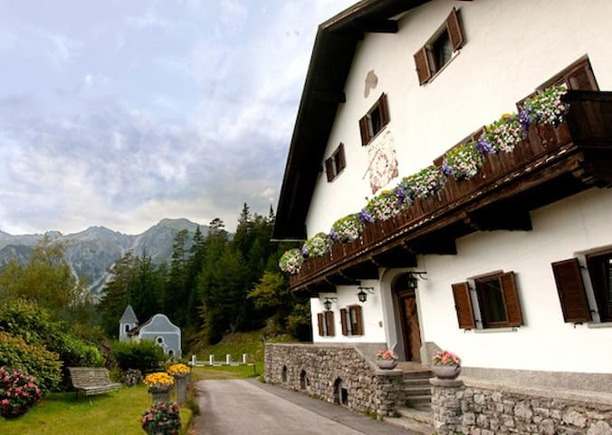 AlpenRetreat, Tyrol, Mountain suite - Nassereith - Talo