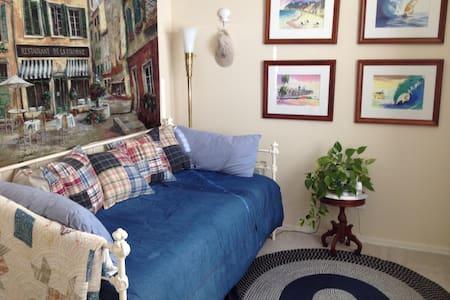 room and a bath in condo - Clayton