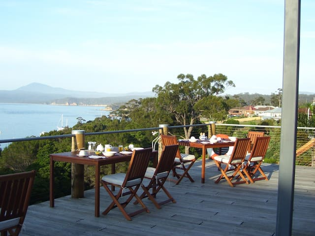 Fantastic View of Twofold Bay and daily breakfast.