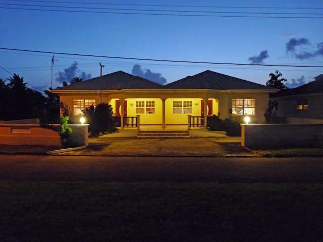 Mango House near Heywoods Beach!   - Speightstown - Villa
