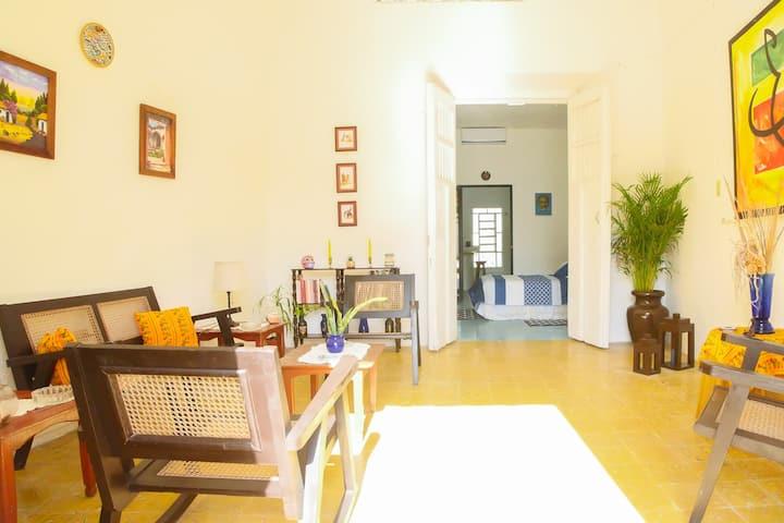 Casa Ceiba/DOWNTOWN Y PASEO DE MONTEJO/CasaEntera