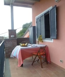Apartment in countryhouse with view - Chianchitta-trappitello - Apartment