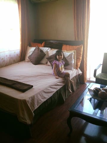 Charming and private cozy rooms - Santa Rosa city  - Hus
