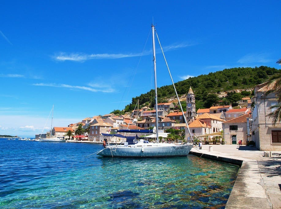 Find Vacation Rentals in Vis on Airbnb