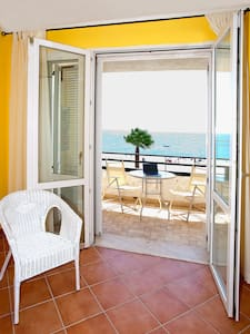 Beautiful apartment at the beach - Letojanni