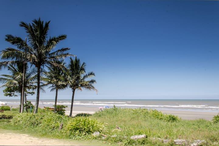 Beach House Brazil, Suarao/Itanhaem