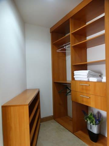 Principal bedroom closet