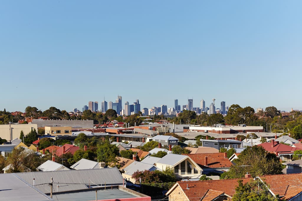 You'll never get sick of the view! The apartment is approx 7km north of the CBD with tram stop at the door.
