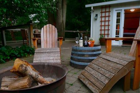 Quiet Creekside Napa Guest Cottage - Νάπα