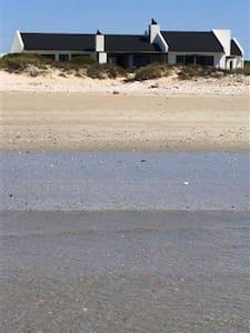 Beach house Golden Mile