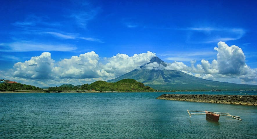 Catch majectic Mayon Volcano with it's many mood!